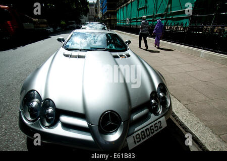 London UK. 11th August 2014. Display of the world's most extravagant supercars  in  the wealthy district of Knightsbridge whose owners are usually from Saudi Arabia and Gulf Arab states  Credit:  amer ghazzal/Alamy Live News