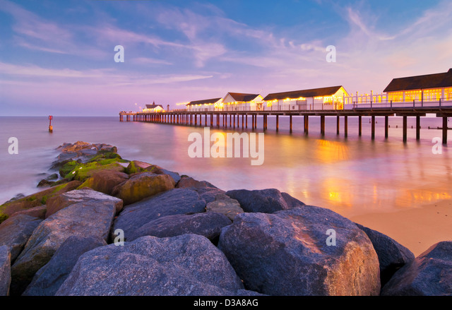 southwold-pier-at-sunset-southwold-suffo