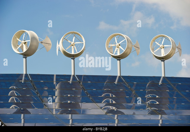 wind-turbines-and-a-solar-plant-in-freib