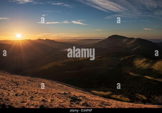 sunrise-over-cambrian-mountains-with-moe