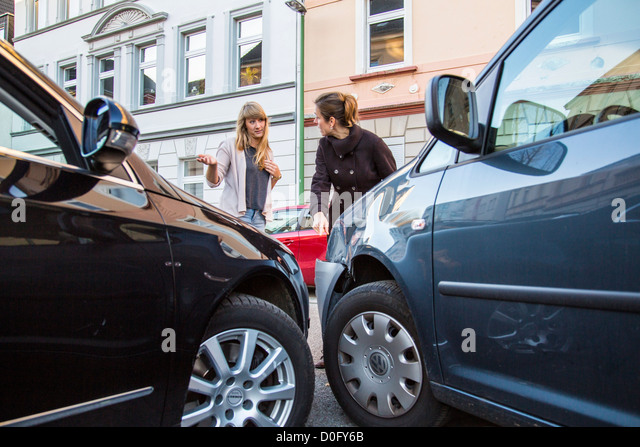 car-accident-with-minor-damage-to-woman-