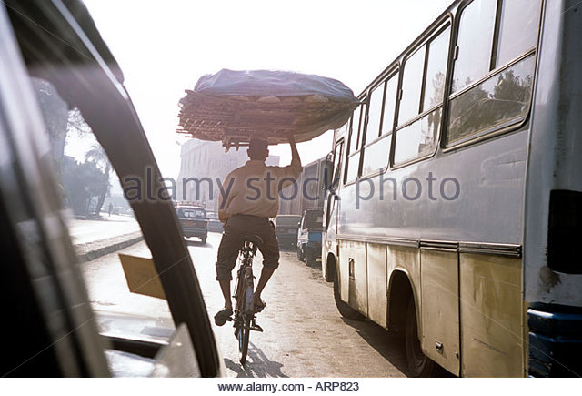 bread-delivery-in-cairo-in-egypt-october
