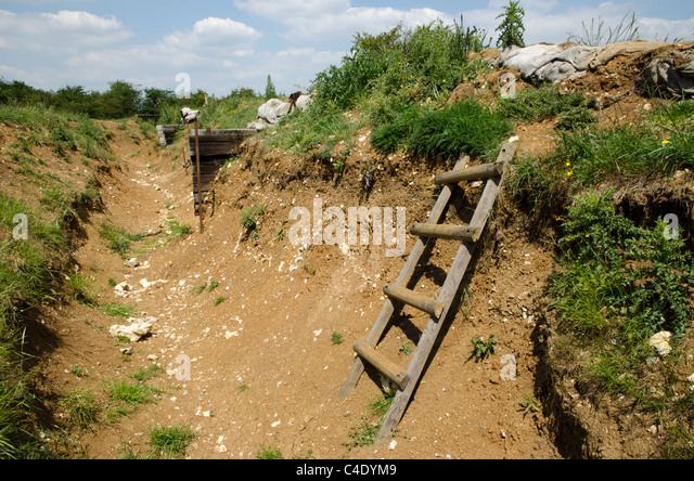 first-world-war-trench-artois-region-fra