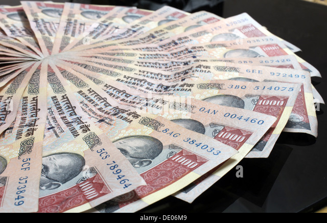 indian-currency-1000-rupees-note-de06m9.