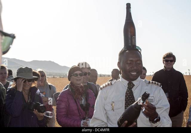 balloon-captain-with-champagne-bottle-on