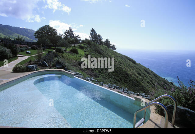 cliffside-pool-at-post-ranch-inn-big-sur