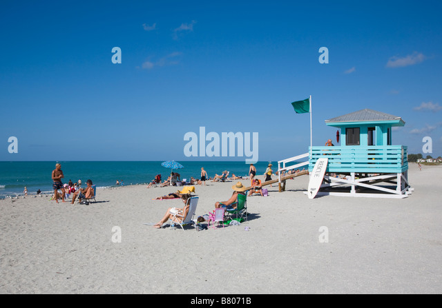 venice-beach-on-the-gulf-of-mexico-in-ve
