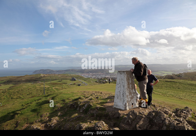 triangulation-pillar-top-of-great-orme-l