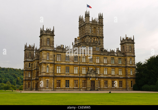 highclere-castle-hampshire-the-location-