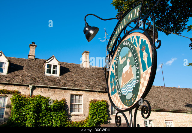 sign-of-cotswold-village-northleach-glou