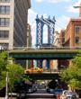 Manhattan Bridge DUMBO Brooklyn NY USA - AE9KDC Yadid Levy / Alamy