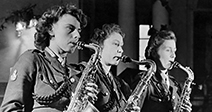 World War II Women. Three times the Sax. Three Sax players from the ATS dance band seen here performing. January - Stock Photo