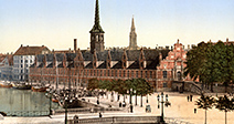 The Exchange hall, Copenhagen, Denmark 1900. One of the oldest buildings in Copenhagen, the Old Stock Exchange is - Stock Photo