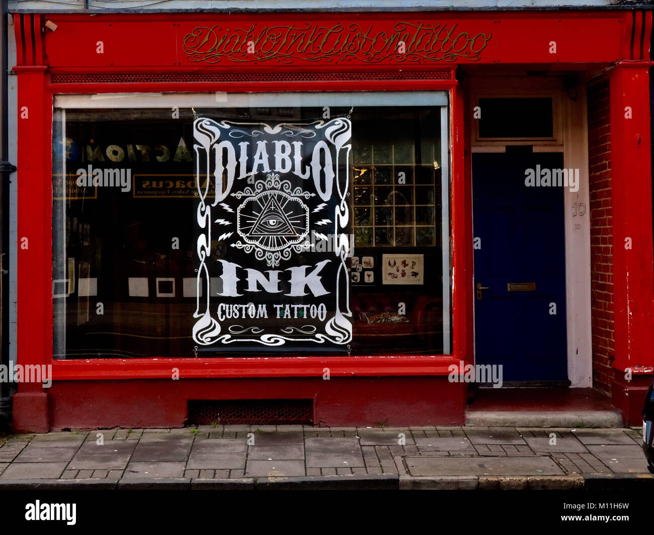 diablo-ink-custom-tattoo-parlour-shop-fr